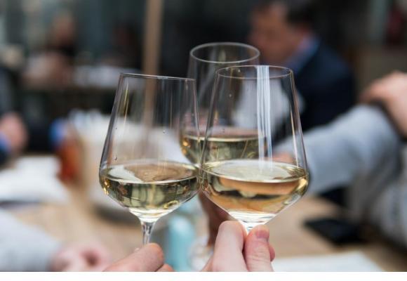 Les vins biologiques, biodynamiques ou naturels sont de plus en plus appréciés. UNSPLASH