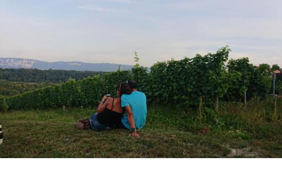 Une petite pause dans les vignes de Russin offre un panaroma grandiose. MP