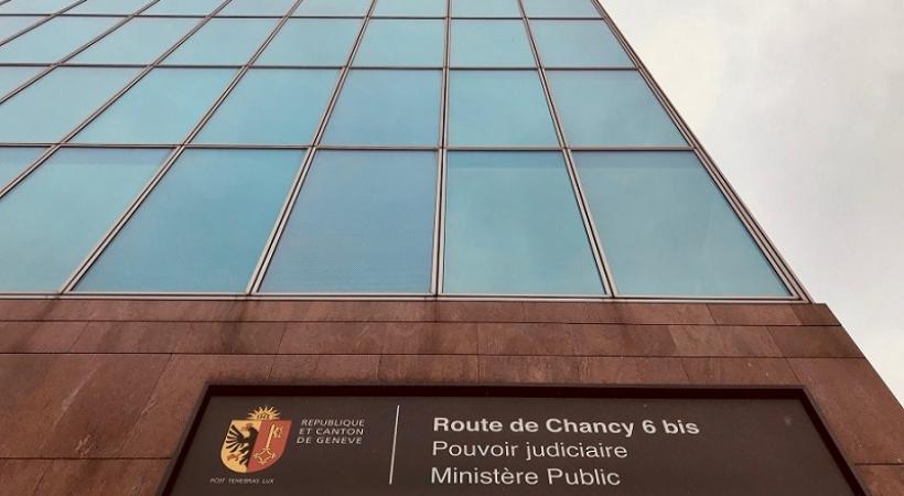 Sous la conduite du procureur général Olivier Jornot, le Ministère public et l'Inspection générale des services de police mènent une vaste enquête. (F. Haller)