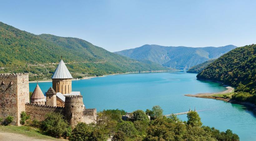 La forteresse d'Ananuri en Gérogie.
