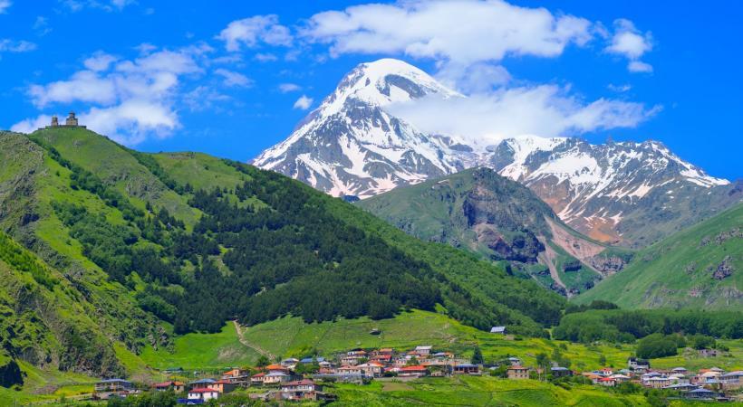 Le Mont Kazbek en Géorgie.