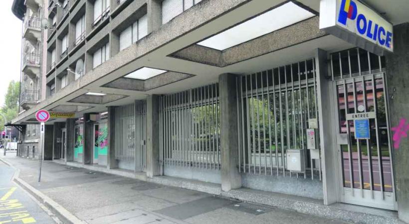 Le poste de police de la Servette fait l'objet de débats au Grand Conseil depuis 1994.