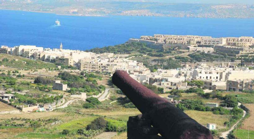 Vue de Malte depuis Gozo.