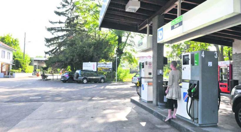 La station-service Tamoil de la route d'Ambilly, à 20 mètres de la douane de Pierre-à-Bochet, a été attaquée dix fois en quatre mois.