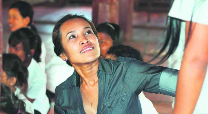 Somaly Mam mène un combat incessant pour faire cesser l'esclavage sexuel des enfants.