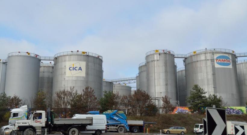 Les réservoirs de carburant sont installés dans une zone appelée à se densifier. STéPHANE CHOLLET