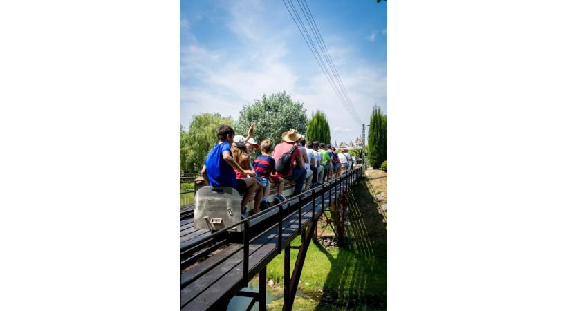 On s'y croirait… Les familles sont la première clientèle du Swiss Vapeur Parc.