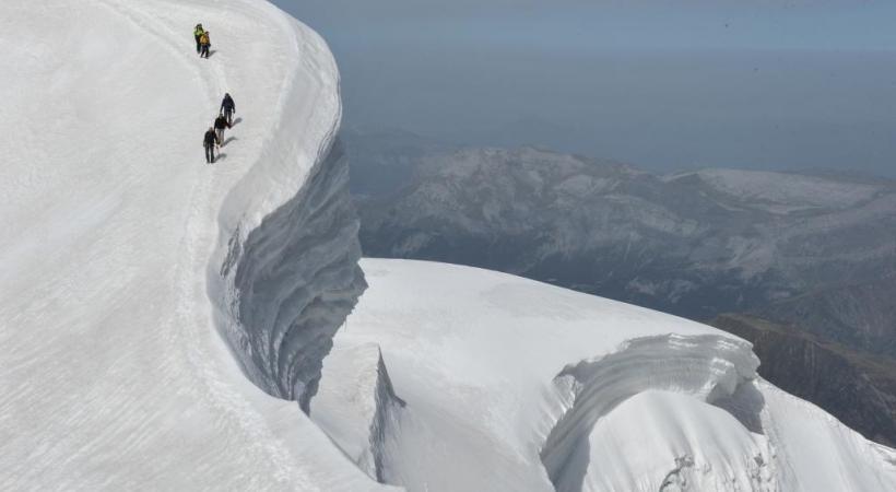 La Suisse compte 140 glaciers. P. TOURNAIRE