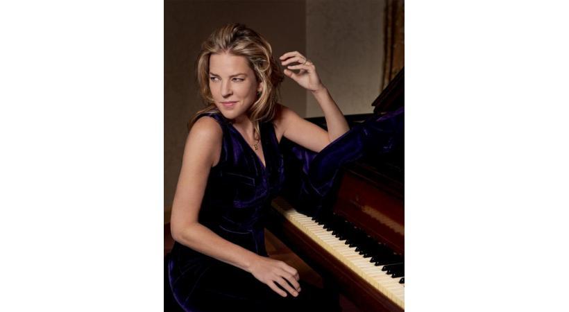 Diana Krall: une voix chaude et un piano. What else?  MARY MCCARTNEY/DR