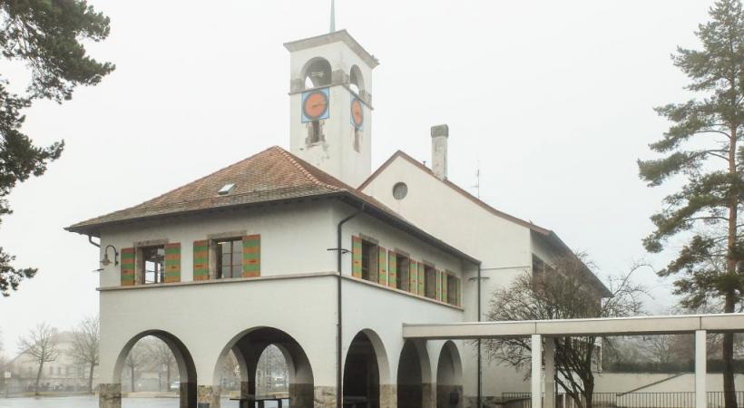 L'école de Meyrin Village. c. theiller