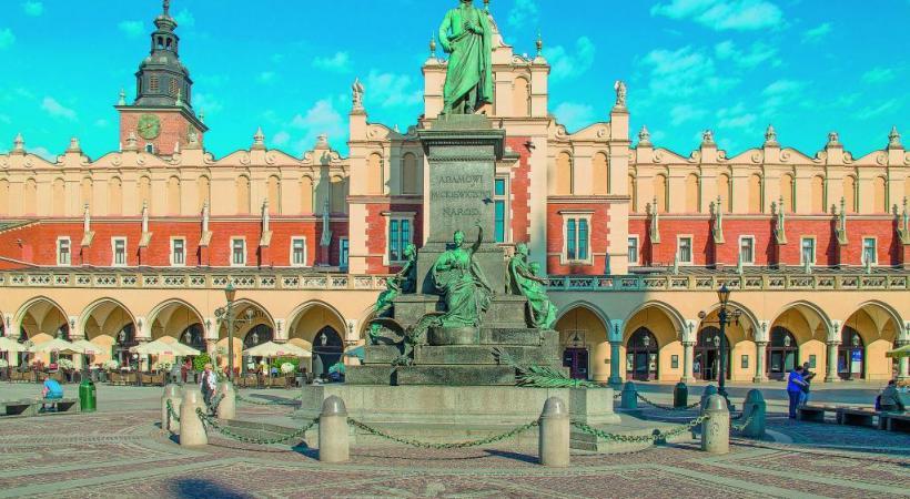 La place du Marché est l'une des plus belles d'Europe. DR
