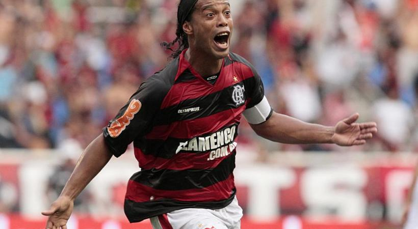 Ronaldinho mouillera le maillot pour les enfants  au Stade de Genève, le 21 avril prochain. WIKIMEDIA COMMON