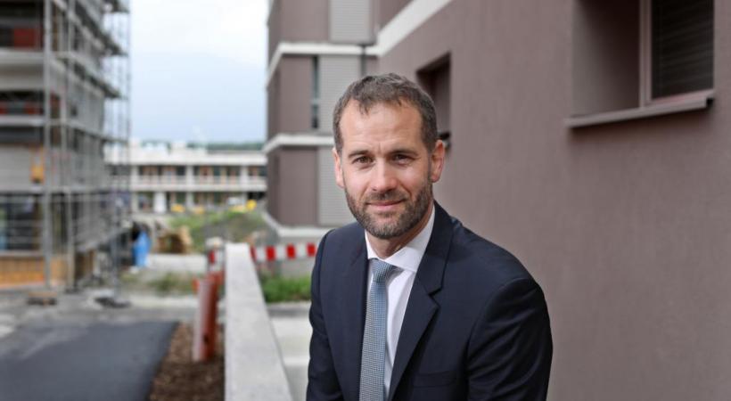 Pour le conseiller d'Etat Antonio Hodgers, l'écologie industrielle doit faire partie des priorités cantonales.
