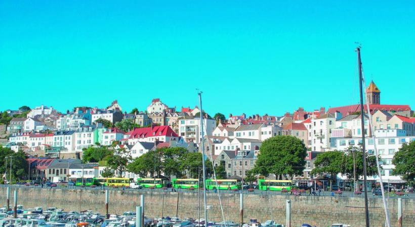 Saint-Pierre-Port est la capitale de l'île de Guernesey. PIXABAY