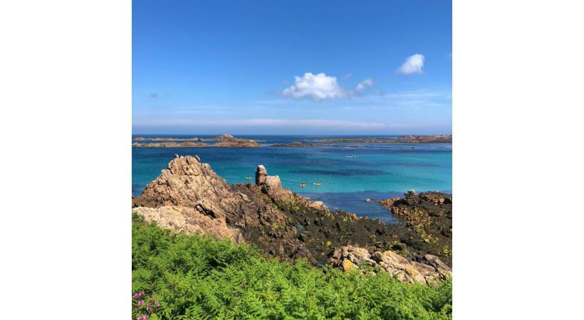 Les côtes des îles de la Manche recèlent de nombreuses surprises. BONAVITA