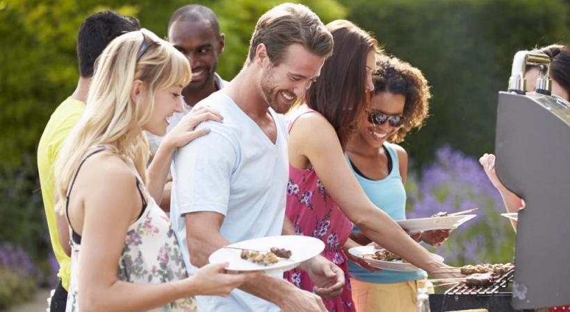 Viandes ou poissons grillés: des saveurs estivales incomparables.