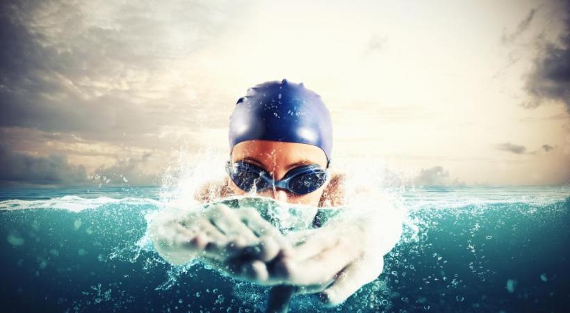 Cette année, la traversée du lac réunira 1000 nageurs. Un record! 123RF/ALPHASPIRIT
