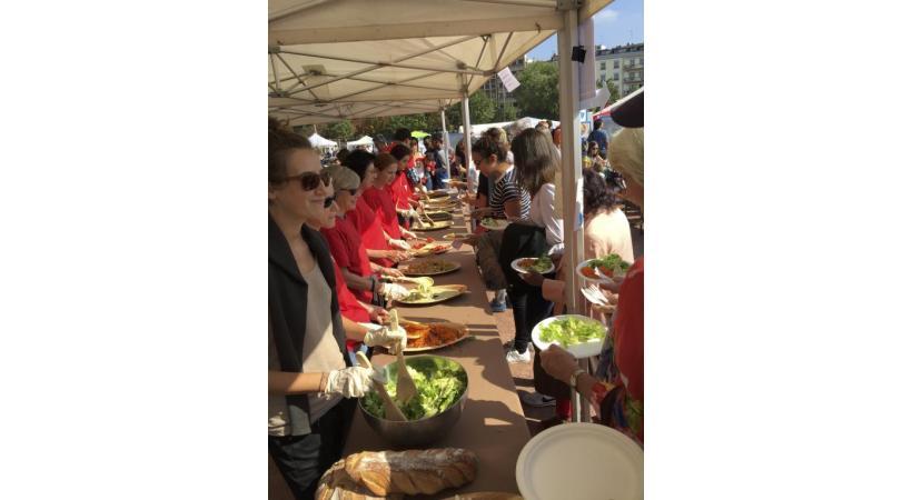 L'événement «The Meal» se déroule toujours dans une ambiance conviviale. DR