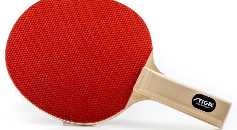 Les raquettes utilisées pour le hardbat sont aussi vintage que charmantes. SACHA TEBOUL
