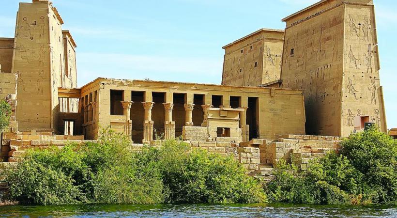 Le temple d'Isis, principale construction de l'île de Philae, sur le lac Nasser. 123rf/DONYANEDOMAN