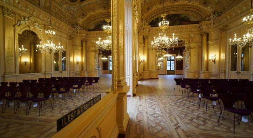 Rénové de fond en comble, le bâtiment de la place de Neuve rouvre ses portes après trois ans de travaux.