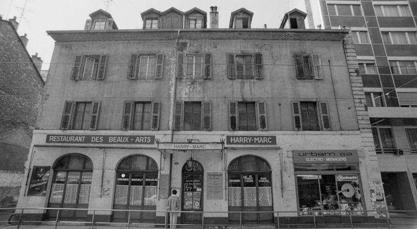 La librairie du Boulevard (ci-dessous), rue de Carouge, a remplacé le Restaurant des Beaux-Arts. DR/WIKIMÉDIA