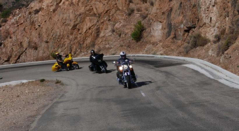 Chaque patrouille constituée de trois bikers choisira 40 cols. DR