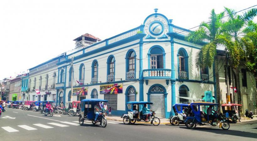 La très pittoresque ville d'Iquitos, d'où partent les excursions dans la forêt amazonienne. 123rf/matyas rehak