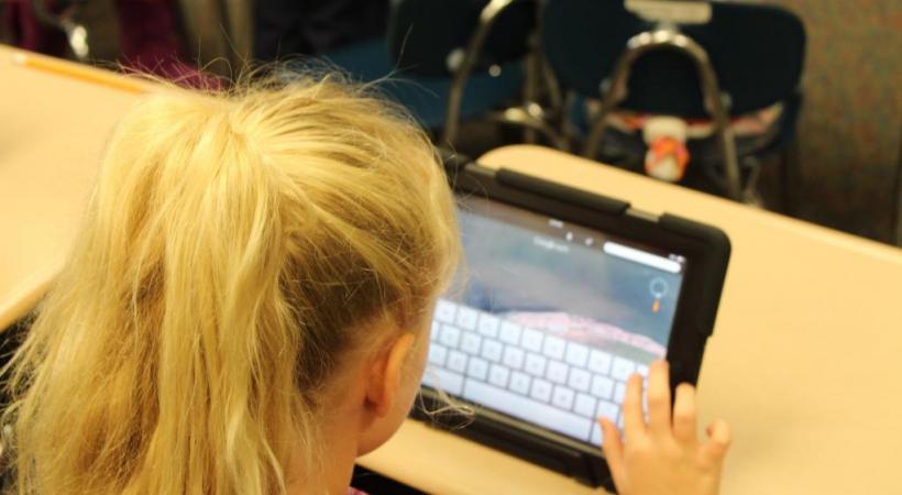 Les enfants doivent absolument apprendre le fonctionnement des technologies numériques pour être préparés aux bouleversements à venir. PIXABAY