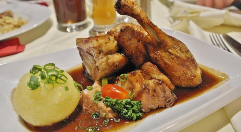 Savoureuse et peu calorique, la pintade est une volaille idéale pour les Fêtes.