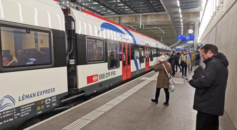 Environ 25'000 voyageurs empruntent chaque jour le train transfrontalier. MP