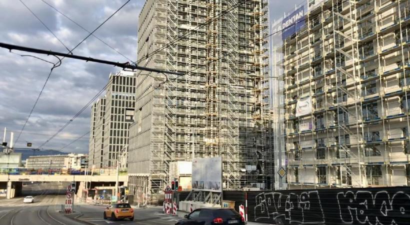 Immeubles en construction près de la gare de Lancy-Pont-Rouge. La question d'un frein à la croissance des constructions se posera un jour ou l'autre. FRANCIS HALLER