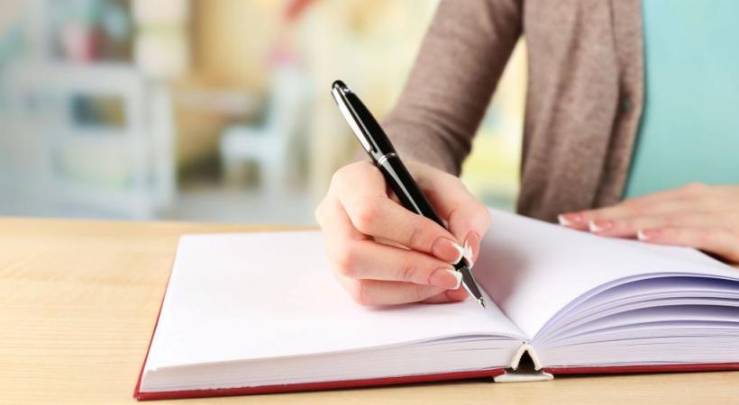 Les écrivains en herbe qui craignent la page blanche seront épaulés. 123RF/BELCHONOCK