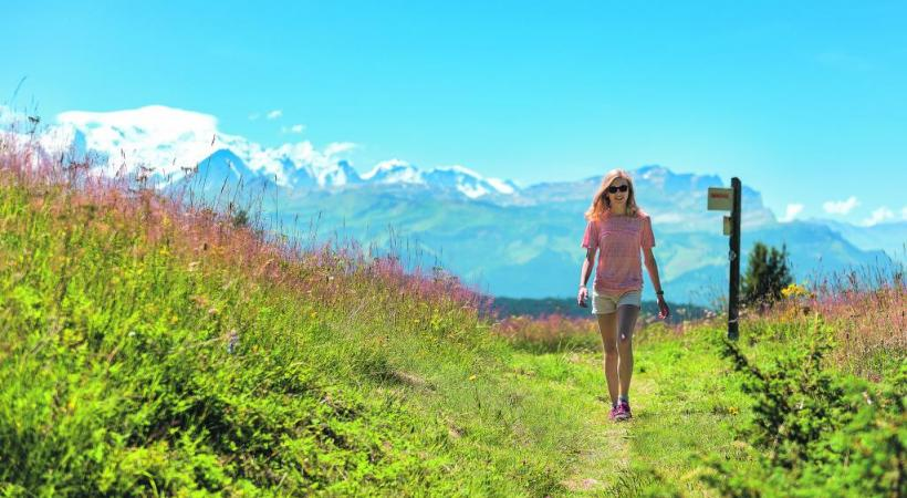 Un décor singulier, le massif du Mont-Blanc, pour des balades au grand air ressourçantes. GIO FLEMING PHOTOGRAPHY