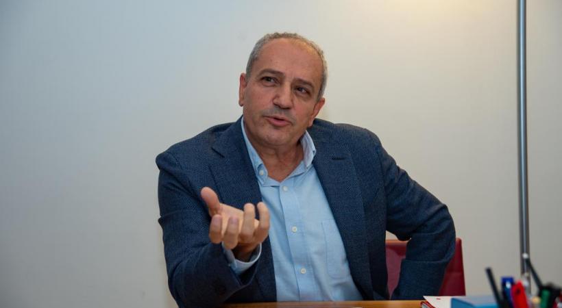 Alfonso Gomez, magistrat chargé des Finances de la Ville de Genève, et Xavier Magnin, président de l'Association des communes genevoises. STéPHANE CHOLLET